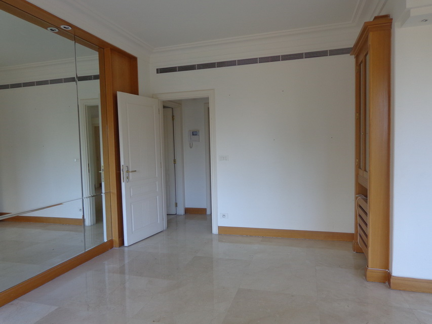 apartment for Sale, Ashrafieh, 900,000 USD