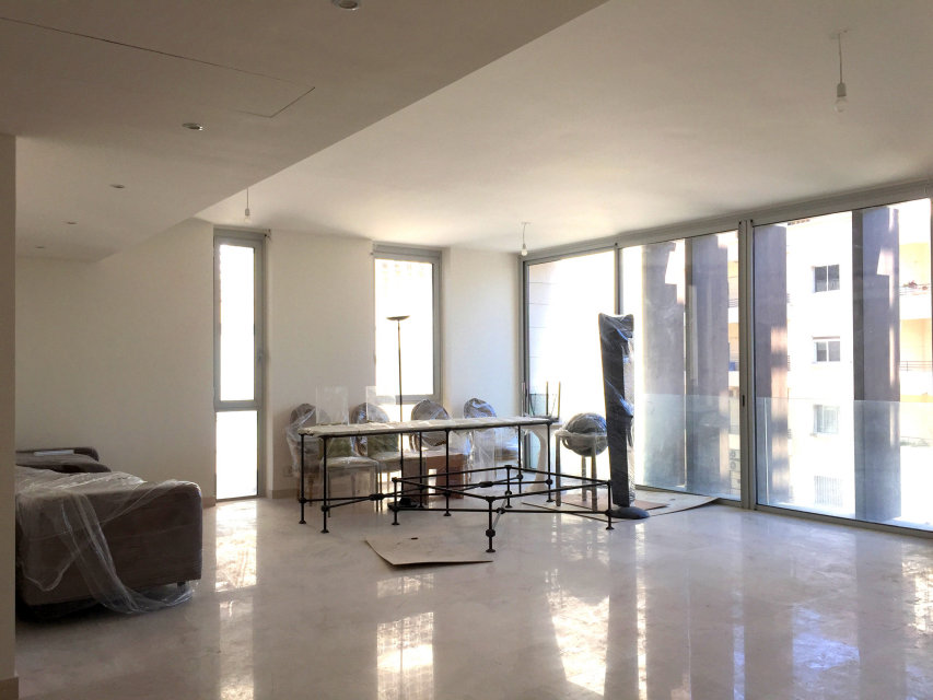 apartment for Rent, Ashrafieh, 35,000 USD