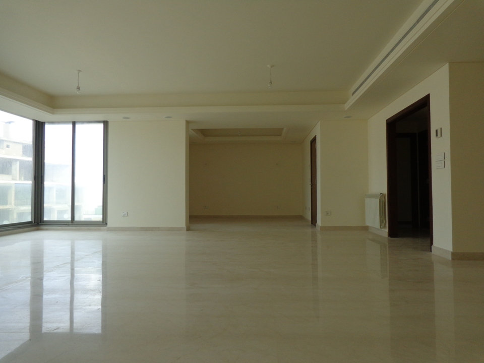 apartment for Rent, Ras Beirut, 32,000 USD