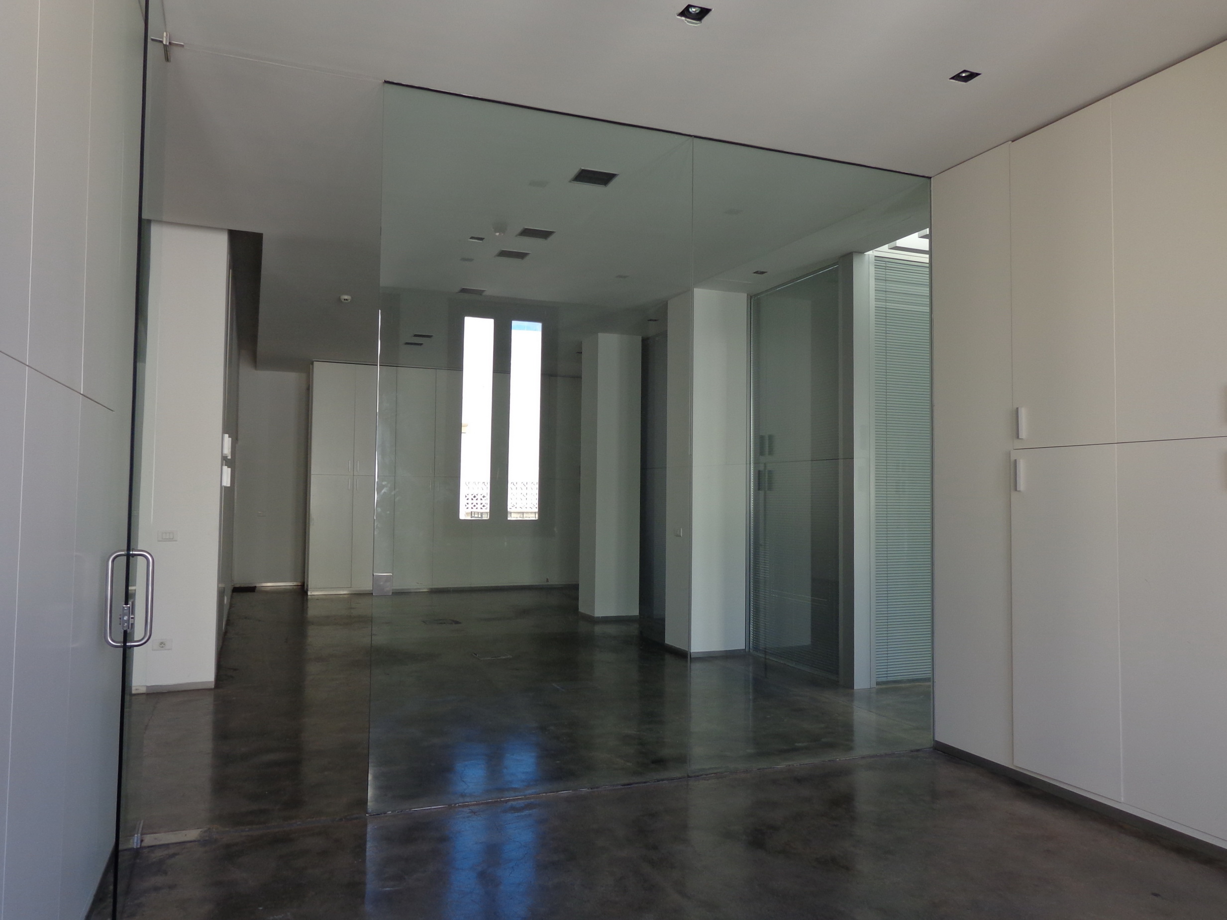 Office for Rent, Beirut Central District, 325 sqm,  97,500 USD