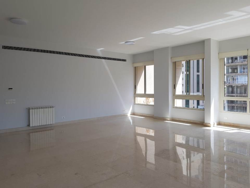 apartment for Rent, Raouche, 40,000 USD