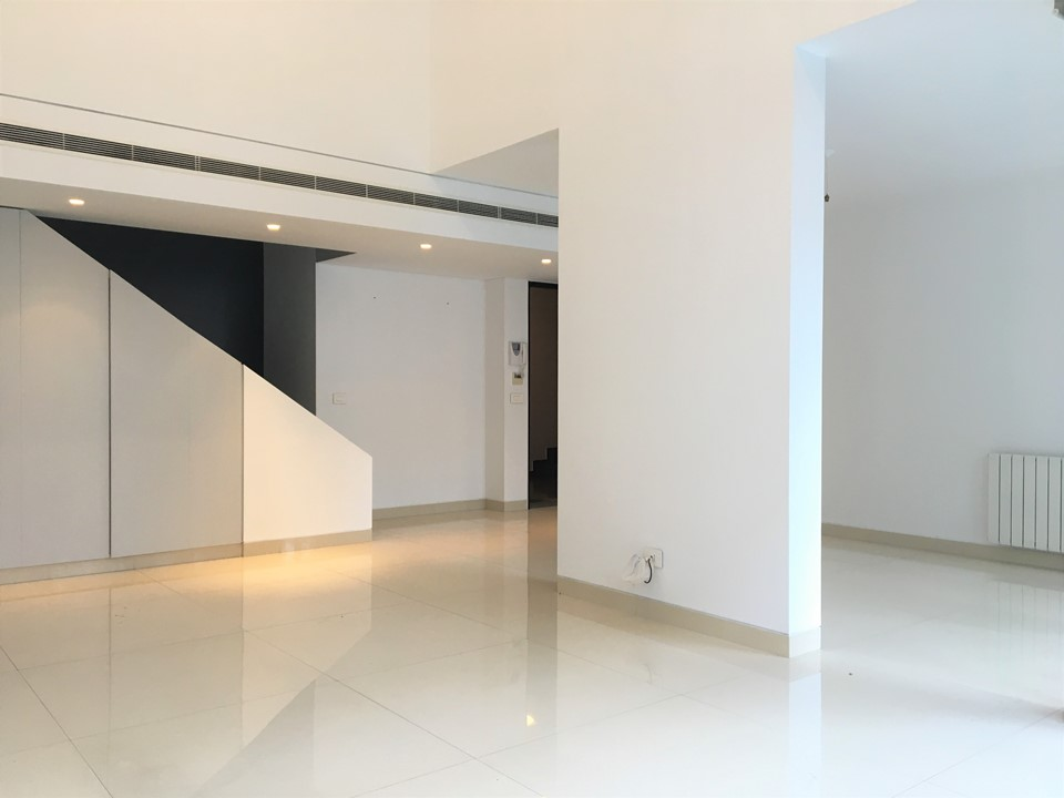 Apartment for Rent, Sassine, 200 sqm,  26,000 USD