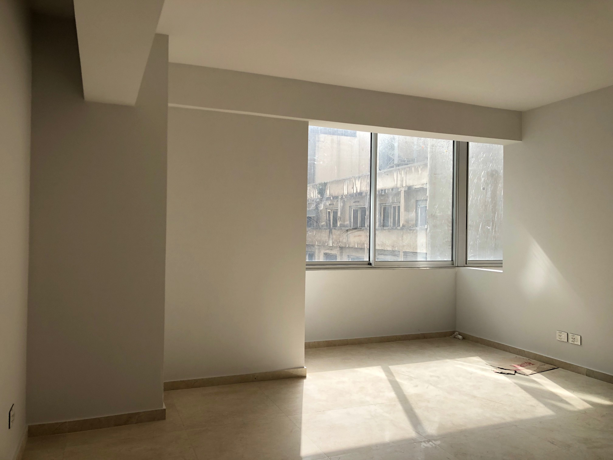 Office for Sale, Ras Beirut, 137 sqm,  740,485 USD